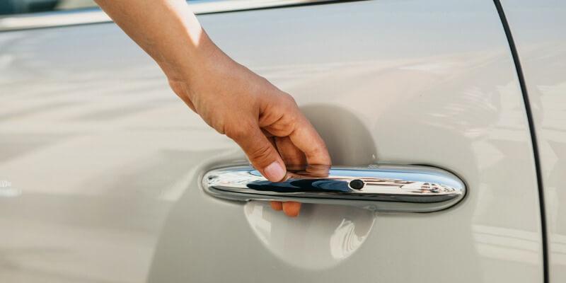 unlock car door - M&N Locksmith Chicago